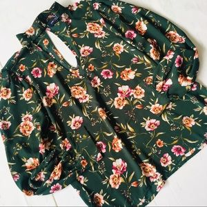 One ♥️ Clothing Green Floral Long sleeve Blouse